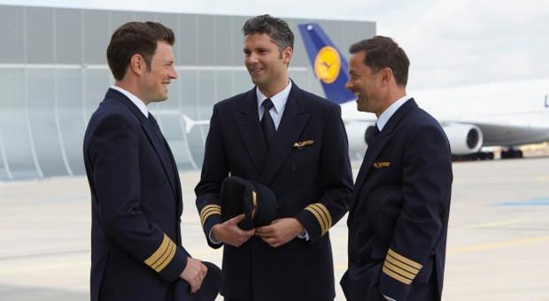 Mützenpflicht gekippt: Lufthansa-Piloten müssen keine Kopfbedeckung mehr tragen.