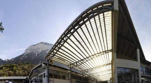 Mit Blick auf die Berge: der Firmensitz von Apparatebau Gronbach im südtirolischen Laag.