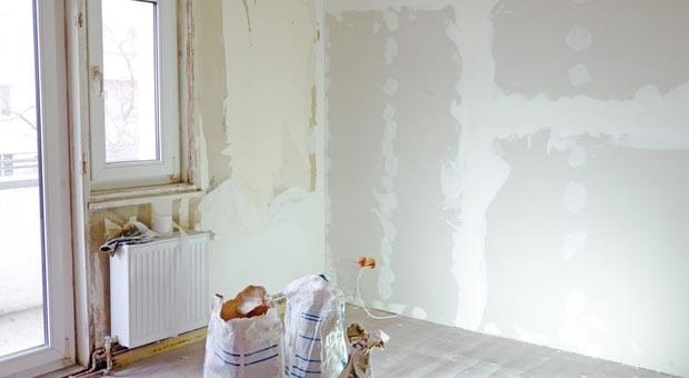 Wer muss für notwendige Sanierungen in einer Hausgemeinschaft zahlen?