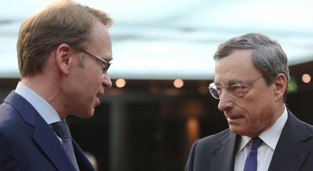 Bundesbank-Präsident Jens Weidmann (l.) und EZB-Chef Mario Draghi (r.).