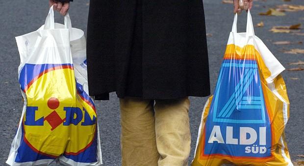 Bei Discountern wie Aldi und Lidl gab es in diesem Jahr besonders viele Rotstiftaktionen.