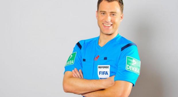 Und Millionen gucken zu: Die Entscheidungen von Fifa-Schiedsrichter Felix Zwayer müssen sitzen