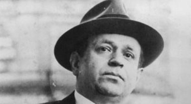 Kurt Tucholsky zählt zu den bedeutendsten Schriftstellern der Weimarer Republik.