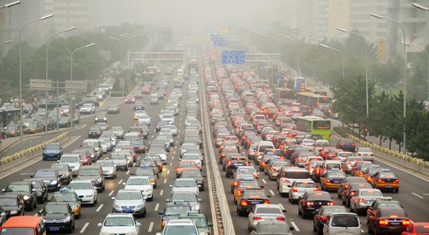 Sogar die chinesischen Behörden sehen das Smogproblem mittlerweile als apokalyptischen Zuständ.