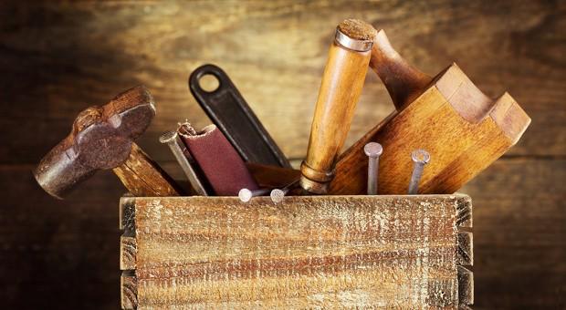 Werkzeug, Büromaterialien, Elektronikgeräte: Diebstahl durch Mitarbeiter  ist in vielen deutschen Unternehmen an der Tagesordnung.