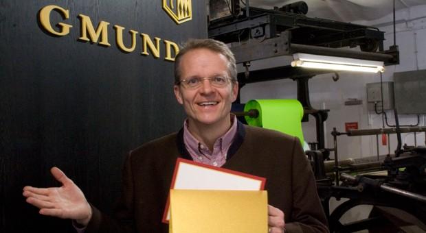 Die Papierfabrik Gmund von Florian Kohler (Bild) liefert  seit einigen Jahren das Papier für die Kuverts, in denen die Oscar-Gewinner stehen.