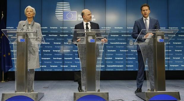 IWF-Chefin Christine Lagarde, Währungskommissar Pierre Mosovici und Euro-Gruppen-Chef Jeroen Dijsselbloem verkündeten am Freitagabend die Einigung mit Griechenland