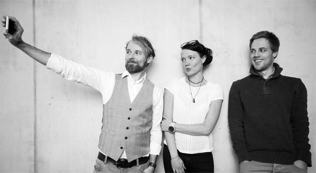 Wollen von Hamburg aus durchstarten: Die Gründer Helge Wenck, Anne Arndt und Mitarbeiter Kevin Urbaum.