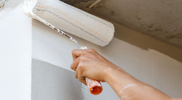 Vermieter dürfen die Kosten für die Renovierung einer Wohnung nur in bestimmten Fällen auf den Mieter abwälzen.