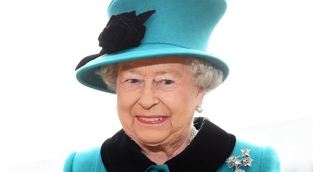 Muss sich auch mit 90 Jahren noch mit dem Personal rumschlagen: Queen Elizabeth II.