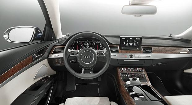 """Blick ins Cockpit eines Audi A8: """"Künftig braucht man das Lenkrad nicht mehr"""""""