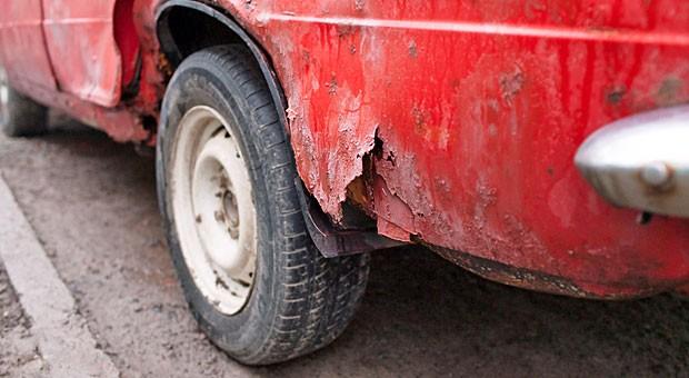 Maroder Gebrauchtwagen: Der Händler muss den Wagen vor Verkauf prüfen
