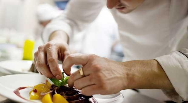 Spitzenrestaurants kämpfen um neue Kundschaft.