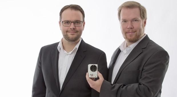 Machen Kaffeemaschinen zu Lebensrettern: Die Gründer Thomas Frenken und Ralf Eckert.