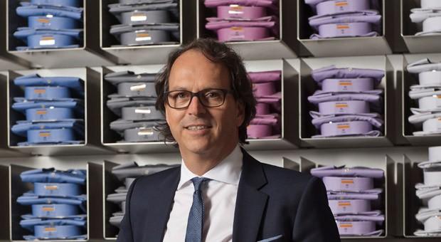 Frank-Walter Seidensticker leitet das Familienunternehmen aus Bielefeld mit seinem Cousin Gerd Oliver Seidensticker in dritter Generation.