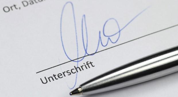 Auch flüchtige Namenszüge lassen die Absicht einer Unterschrift erkennen.