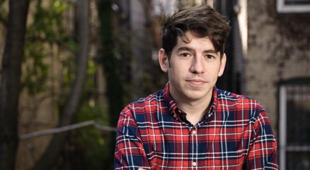Kickstarter-CEO Yancey Strickler: Zum Start des deutschen Ablegers der Crowdfunding-Plattform kam der 36-Jährige zum Gespräch in die impulse-Redaktion in Berlin.