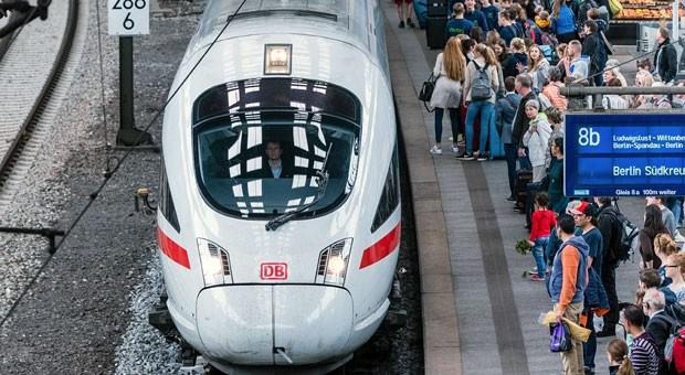 Volle Züge drohen auch an Pfingsten: Die Lokführer treten erneut in den Ausstand.