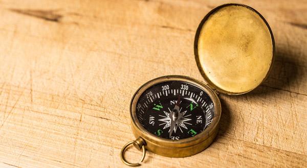 Wer ein Unternehmen führt, der braucht einen Kompass, um sein Team in die richtige Richtung zu navigieren. Ohne klares Ziel ist jeder Schritt ein Schritt ins Ungewisse.