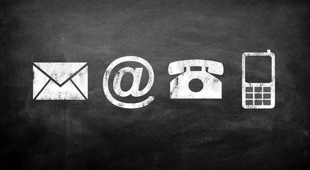 Bei der Kaltakquise grundsätzlich verboten: unaufgeforderte Anrufe oder E-Mails. Briefe hingegen sind erlaubt.