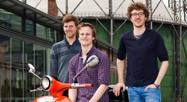 Die Gründer von eMio: Hauke Feldvoss (links),  Valerian Seither (mitte) und Alexander Meiritz  (rechts).