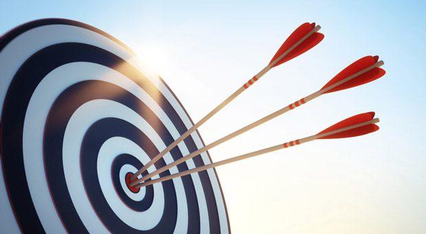 Volltreffer! Eine solide Zielgruppenanalyse ist die Basis für erfolgreiche Akquise.