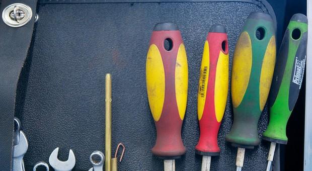 Schraubenzieher war gestern: Bald könnten vernetzte Werkzeuge zum Einsatz kommen und die Effizienz steigern.
