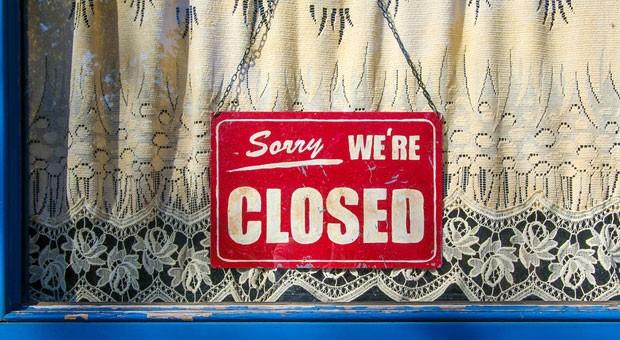 Wegen Betriebsferien vorübergehend geschlossen: Wenn die Aufträge ausbleiben, wollen viele Arbeitgeber den Betrieb vorübergehend schließen.