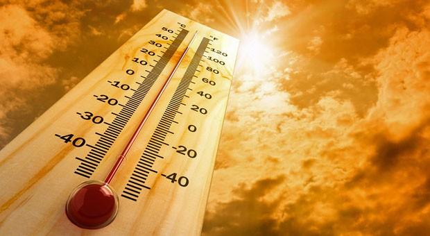 Gut 40 Grad zeigt dieses Thermometer. Ein Recht auf Hitzefrei haben Arbeitnehmer dennoch nicht.