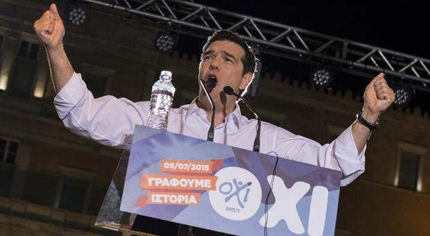 Griechenlands Regierungschef Alexis Tsipras hatte seine Landsleute in einer flammenden Rede aufgefordert, gegen die Reformpläne der Geldgeber zu stimmen.