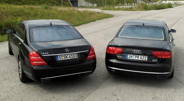 Luxuslimousinen wie der Audi A8 oder die Mercedes S-Klasse kosten als Gebrauchte nur noch einen Bruchteil des Neupreises.