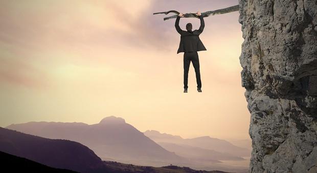 Manche Ereignisse können einen Unternehmer an den Rand des Abgrunds treiben.