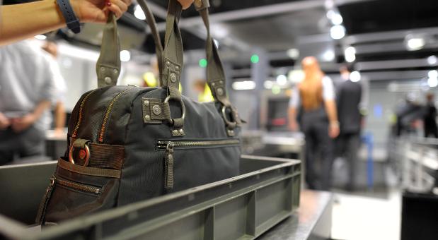 Sicherheitskontrollen an Flughäfen werden ab September verschärft.
