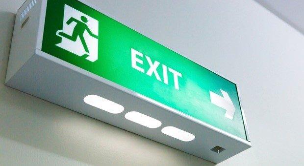 Raus, Tür zu, fertig? Ganz so einfach ist es nicht. Bei der Auflösung einer GmbH oder eines Unternehmens mit anderer Rechtsform muss einiges beachtet werden.