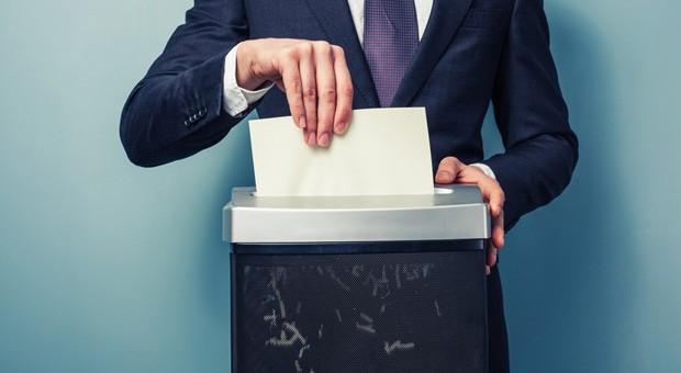 Bevor sie ganz auf das papierlose Büro umsteigen und alle Dokumente schreddern, sollte Sie einige Regeln beachten.