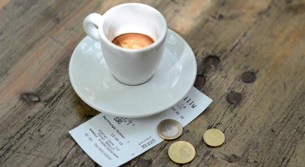 Trinkgelder sind nur unter bestimmten Voraussetzungen steuerfrei.
