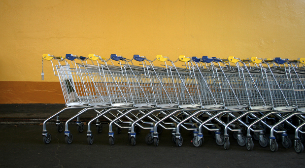 Der Onlinehandel wächst und damit auch die Menge der ungenutzten Einkaufswagen.