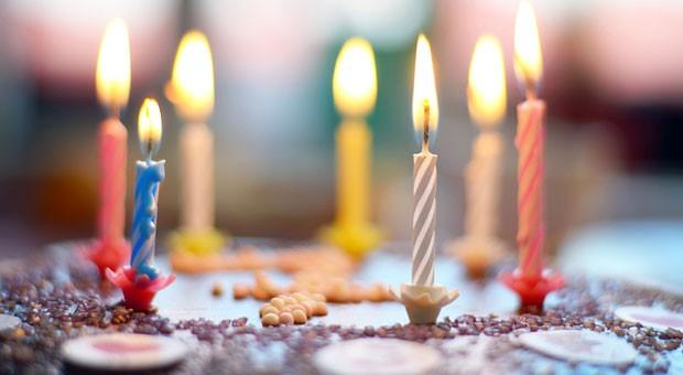 Kerzen auspusten und dann was wünschen! Doch genau wie beim Geburtstagskuchen-Auspusten bleiben auch beim Thema Incentives die Wünsche vieler Mitarbeiter unerfüllt.