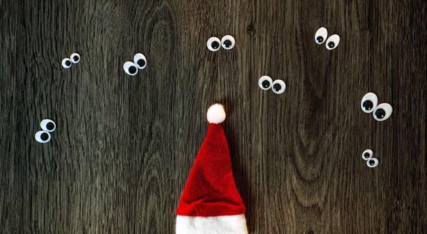 Bei der Rede zur Weihnachtsfeier sind alle Augen auf Sie gerichtet - aber mit unseren Tipps werden Sie Ihre Mitarbeiter mitreißen.