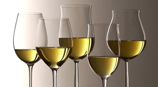 Wenn Sie Wein probieren, werden alle Sinne gefordert, schließlich ist Weißwein ist nicht gleich Weißwein.