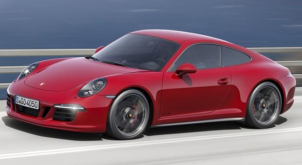 Mit seinen 911-Modellen hat Porsche seit Jahrzehnten großen Erfolg.  Aufgrund der weltweit verschärften Verbrauchs-Auflagen werden jedoch im kommenden Jahr die meisten Modell-Varianten mit Saugmotor verschwinden. Bis auf die limitierten GT3-Modelle werden ab sofort alle 911 mit aufgeladenen Turbomotoren bestückt. Die Gebrauchten mit Saugmotor dürften bald teurer werden.