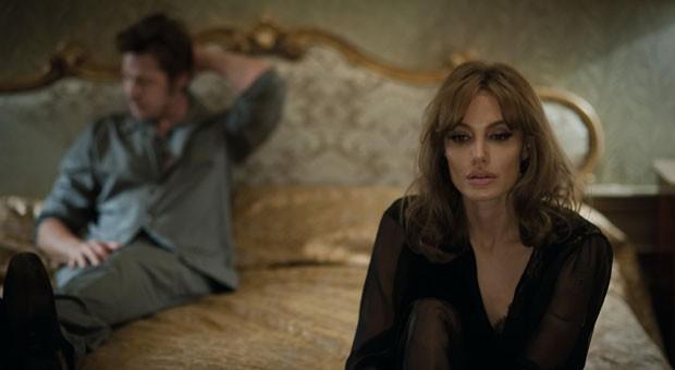 """In """"By the Sea"""" gab Angelina Jolie ihrem Ehemann Brad Pitt das erste Mal Regieanweisungen."""