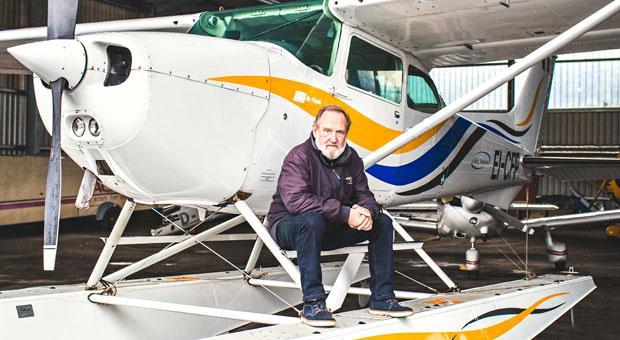Heiko Harms (59) gründete eine Pilotenschule für Wasserflugzeuge.