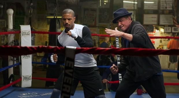 """In """"Creed - Rocky's Legacy"""" gibt Rocky Balboa seine Erfahrung an das junge Boxtalent Adonis Johnson weiter."""