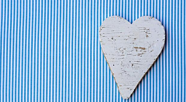 Wie viel Herzlichkeit passt zu Nadelstreifen? Die Suche nach den richtigen Grußformeln für E-Mails und Geschäftsbriefe bereitet vielen Unternehmern Kopfzerbrechen.