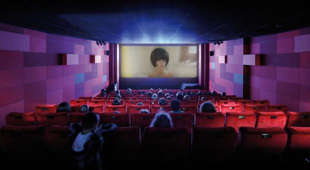 Sich berieseln lassen im Kino? Von wegen. Beim interaktiven Kino ist  aktive Teilnahme gefragt.