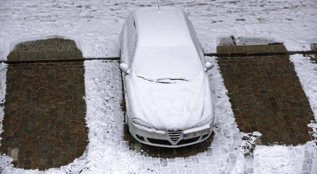 Ihr Auto macht Winterschlaf? Dann sollten Sie unsere Tipps beachten, wenn Sie Standschäden vermeiden wollen.