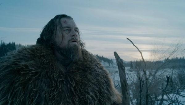 """In """"The Revenant - Der Rückkehrer"""" spielt Leonardo DiCaprio einen Jäger, der nach einem Bärenangriff in der Wildnis zurückgelassen wird."""