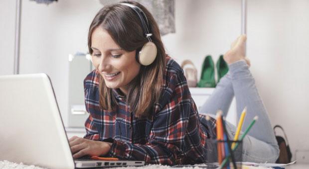 Heiß begehrt: Unternehmen versprechen sich von Bloggern preiswerte PR. Aber wie kann man die Online-Schreiber ansprechen?