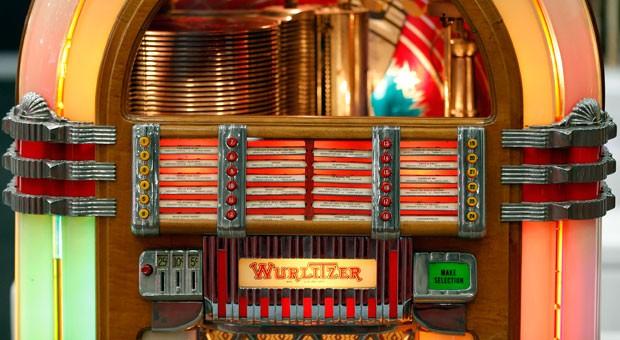 Wurlitzer war vor allem für seine Jukeboxen bekannt, die in Deutschland nach dem Zweiten Weltkrieg populär waren. Nun steht das Traditionsunternehmen vor dem Aus.